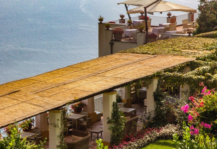 Dining by the sea, Ravello, Amalfi Coast